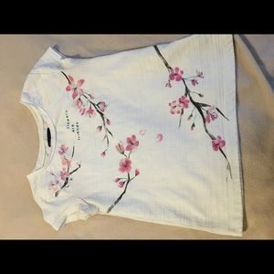 Gap cherry blossom tee